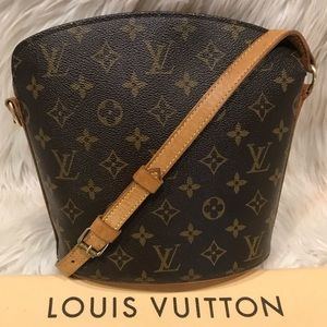 Authentic Louis Vuitton Drouot Cross Body #3.6L